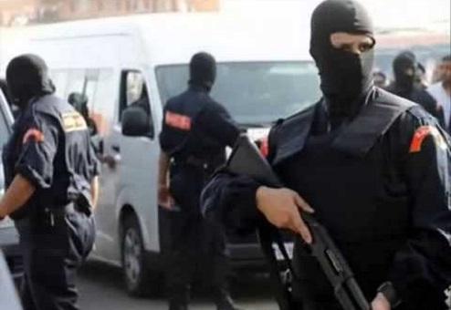 خنيفرة.. التحقيق حول عبوة ناسفة عثر عليها داخل حافلة للنقل العمومي