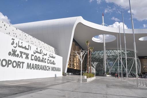 شقوق بزجاج مطار مراكش بعد أقل من سنة على تدشينه