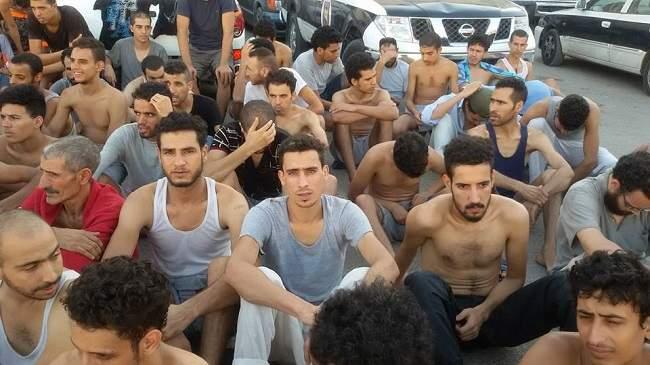 انطلاق عملية ترحيل المغاربة المحتجزين في ليبيا