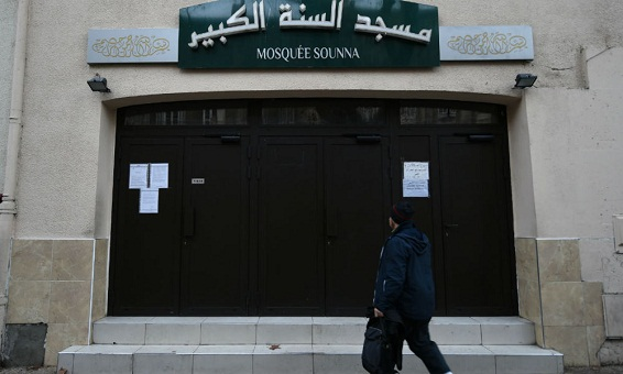 فرنسا تغلق مسجدا بمرسيليا بسبب خطب متطرفة لإمام جزائري