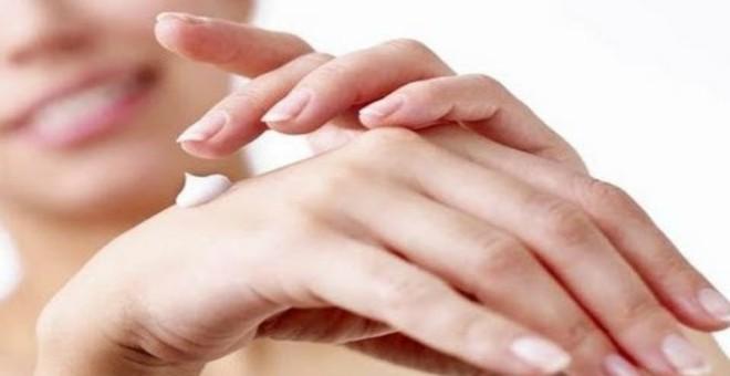 هكذا تحمين يديكي من الجفاف في فصل الشتاء