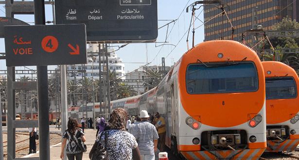 عطل في فرامل قطار يتسبب في حادثة بمحطة الدار البيضاء الميناء (صورة)