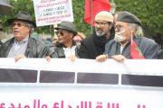 فنانون مغاربة يحتجون أمام البرلمان للتنديد برداءة السينما والتلفزيون بالبلاد