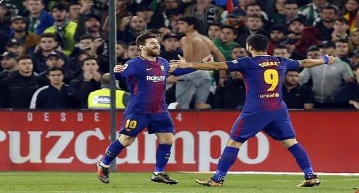 برشلونة يكتسح ريال بتيس يالخامسية