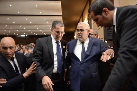بن كيران يخطف الأنظار ببرلمان البيجيدي.. والعثماني غاضب