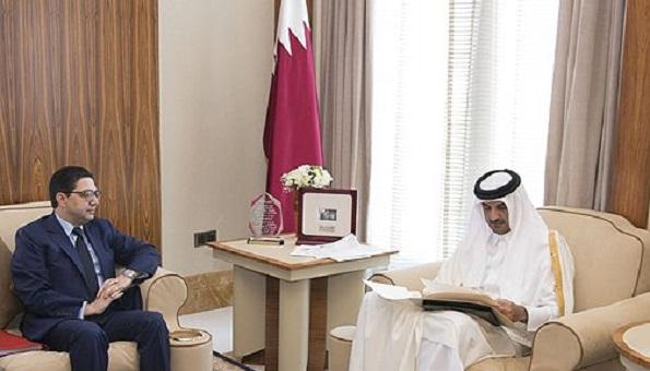 رسالة خطية من الملك إلى أمير قطر تخص العلاقات الثنائية
