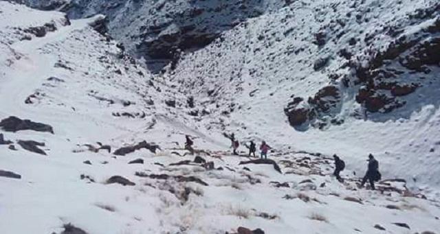 مدارس تفتح أبوابها بعد توقفها بسبب الثلوج