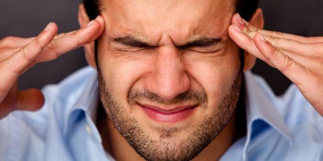 إن كانت لديك هذه الاعراض المرافقة للصداع فعليك استشارة طبيبك