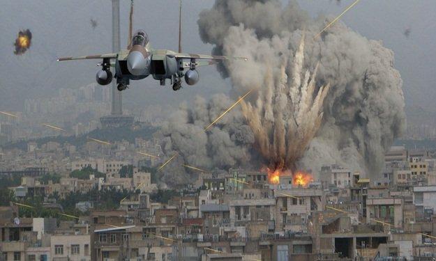 غارات جوية إسرائيلية على غزة بعد تفجير استهدف جنودها