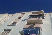 مكناس .. امرأة تقفز رفقة رضيعها من شرفة بيت عشيقها خوفا من الفضيحة