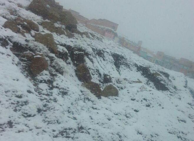 زخات عاصفية وثلوج مرتقبة بداية الأسبوع
