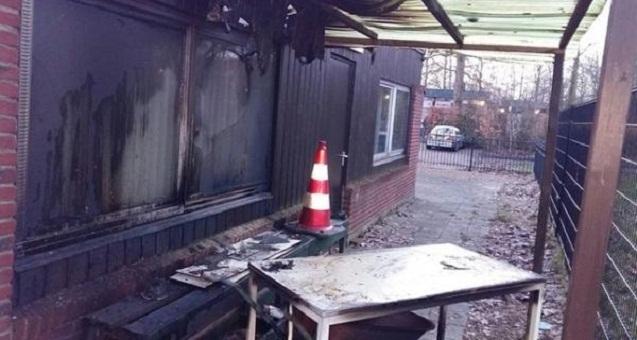مجهولون يضرمون النار في مسجد يرتاده المغاربة بهولندا