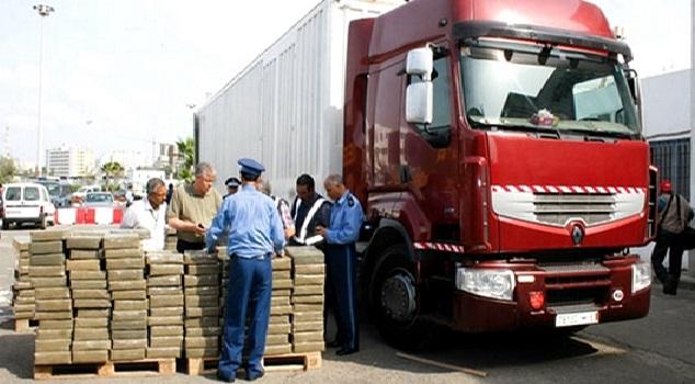 طنجة المتوسط: حجز 40 كلغ من الشيرا في شاحنة للنقل الدولي