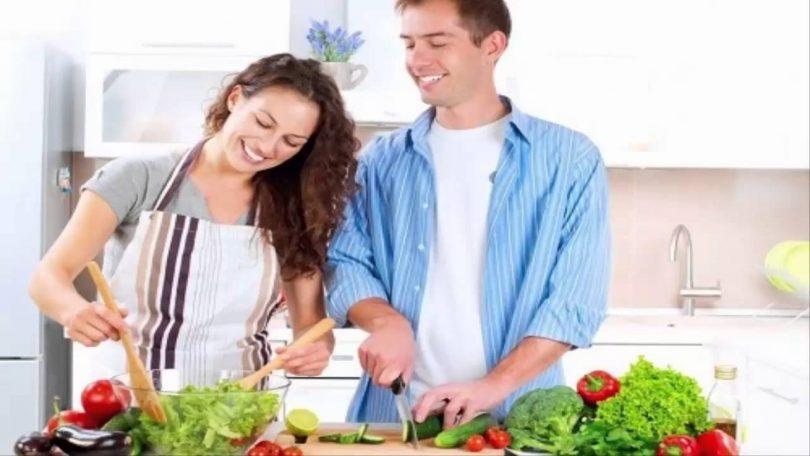 """إليك قائمة بالأطعمة التي ترفع معدلات """"الخصوبة"""" عند الرجل والمرأة"""