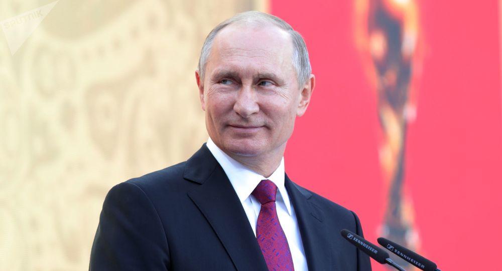 بوتين يواصل رئاسة روسيا بعد فوز كاسح بالانتخابات
