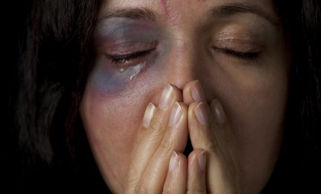 رسميا.. قانون محاربة العنف ضد النساء سيدخل حيز التنفيذ في سبتمبر