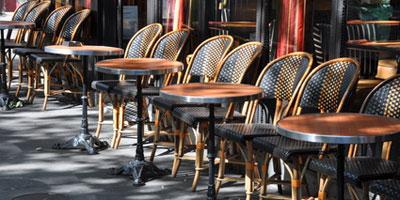 أرباب المقاهي والمطاعم يهددون بمقاطعة منتجات ووقف الخدمات بسبب الزيادة