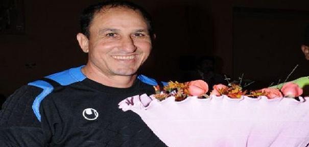 جمعية قدماء لاعبي نهضة بركان تكرم الحارس الراحل لبرازي
