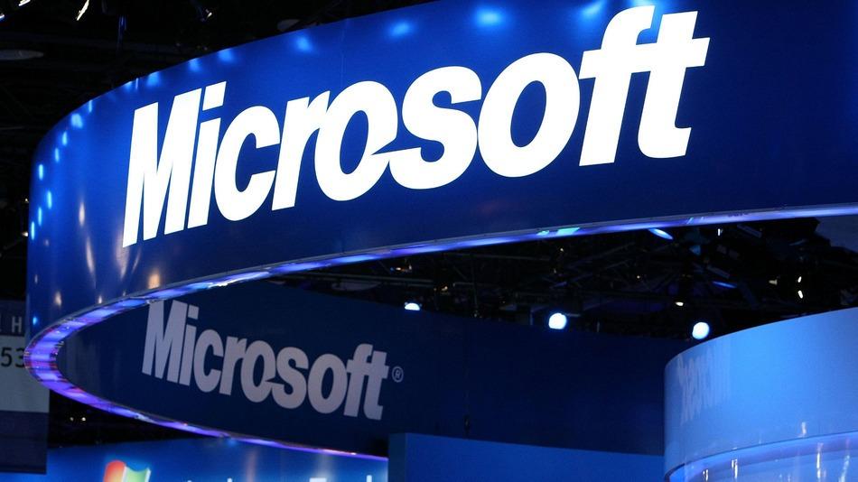 مايكروسوفت تتفوق على آبل لتصبح الشركة الأعلى قيمة في العالم