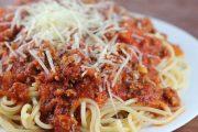وصفة لذيذة لتحضير السباغيتي بالتونة على الطريقة الإيطالية