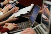 صحافيات ينتفضن ضد الاستغلال والتحرش والتشهير بالقطاع