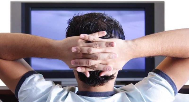 الجلوس لأوقات طويلة يزيد خطر الإصابة بهذه الأمراض العقلية !