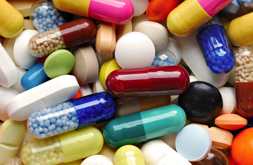 وزير الصحة: تم تخفيض أثمنة 3600 دواء ومستلزم طبي منذ 2015