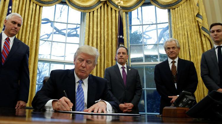 ترامب يعلن بدء ضرب أهداف في سوريا بمشاركة فرنسا وبريطانيا