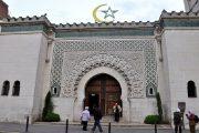 جدل في فرنسا بسبب جلب الأئمة من الجزائر والمغرب خلال رمضان