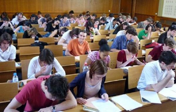 يهم المغاربة.. فرنسا تفتح أبوابها للطلبة مع منحة تفوق 7000 أورو بهذه الشروط...