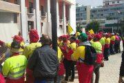 القنيطرة تتحول إلى مزبلة وعمال النظافة يواصلون الإضراب