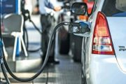 إطلاق تطبيق جديد لضبط أسعار المحروقات بمحطات الوقود