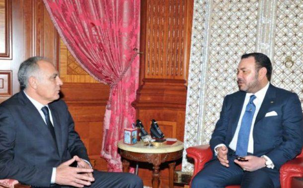 الملك يهنئ مزوار بعد انتخابه رئيسا للاتحاد العام لمقاولات المغرب