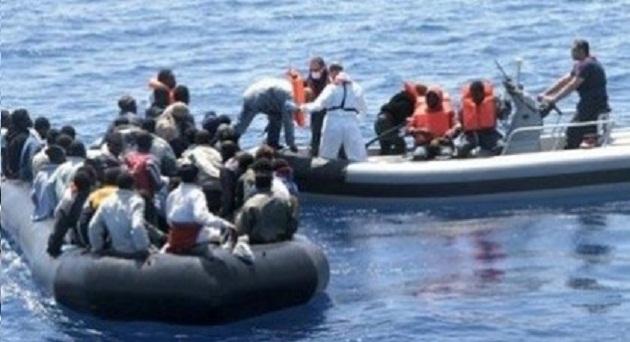 إنقاذ 136 مهاجرا سريا أبحروا إلى اسبانيا عبر مضيق جبل طارق