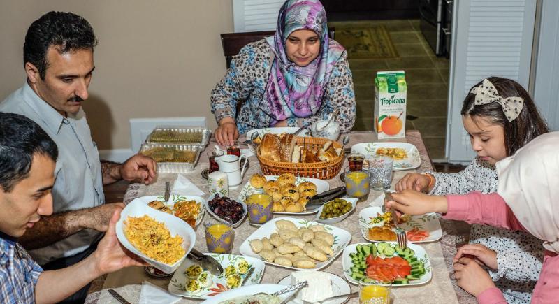 في رمضان.. فيتامينات الليل لصحة البشرة بالنهار