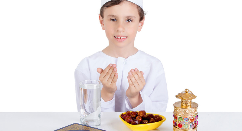 صيام الأطفال.. أمر ضروري أم خطر على صحتهم ؟
