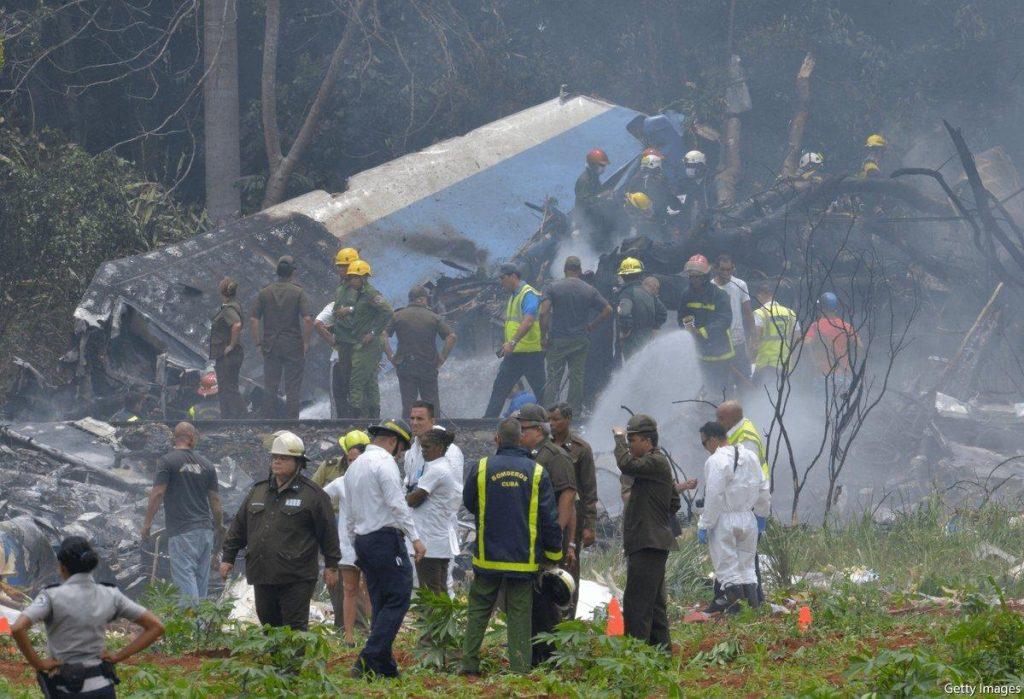 مصرع عضوين بجبهة البوليساريو في حادث تحطم طائرة كوبية (صور)