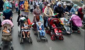 أطفال مسيرة البيضاء يلفتون الأنظار.. ونشطاء: دعم فلسطين لكل الأعمار
