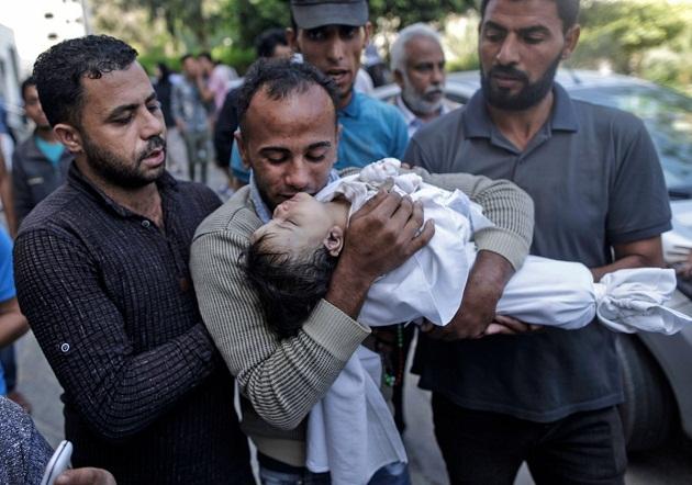 إضراب عام يشل فلسطين حدادا على أرواح شهداء غزة