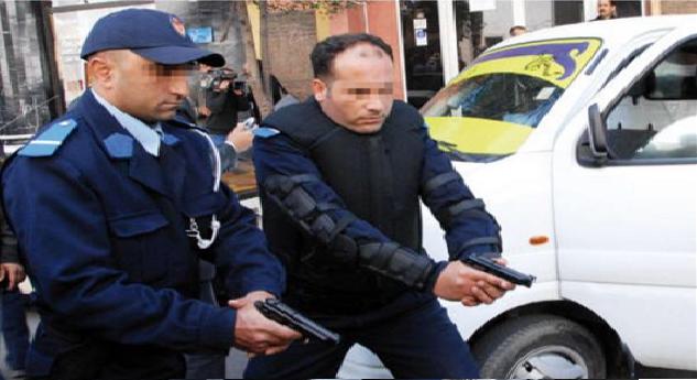فاس.. استعمال الرصاص لتوقيف منحرف أشهر سكينا في وجه الشرطة