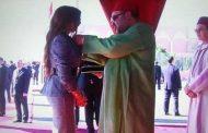 بالصورة.. الملك محمد السادس يبعث رسالة إلى دنيا باطمة