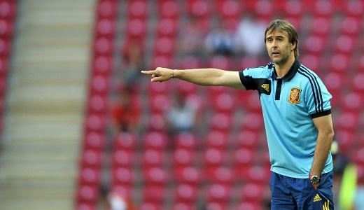 مدرب إسبانيا يشيد بالأسود تحت قيادة رونار