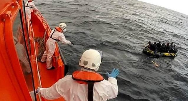 البحرية الاسبانية تنقذ 33 مهاجرا سريا من بينهم 8 مغاربة