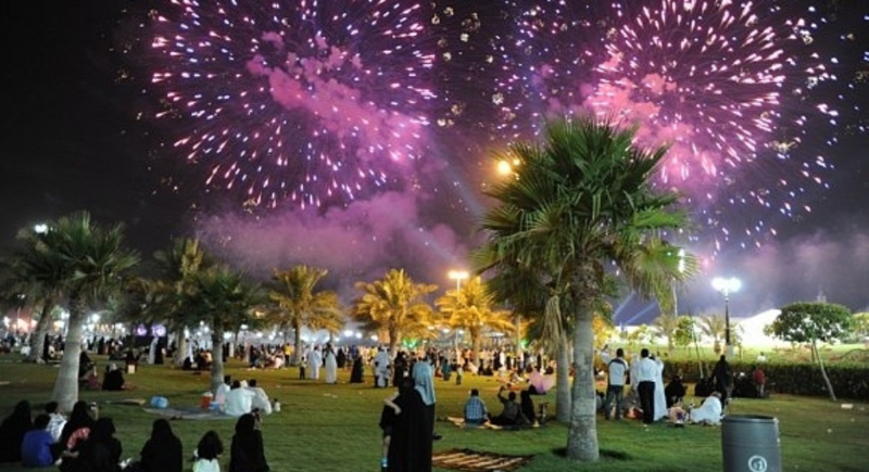العيد في أنحاء الوطن العربي.. عادات موروثة وطقوس لا غنى عنها