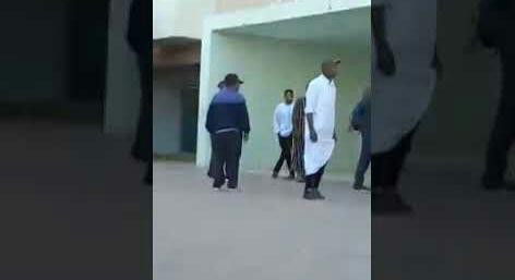 بالفيديو .. مستخدمون وحراس يعتدون على المرضى بمستشفى الرازي بمراكش