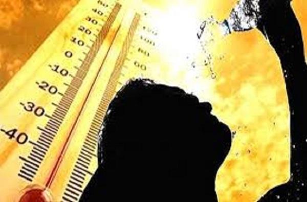 طقس يوم عيد الفطر حار نسبيا مع احتمال نزول قطرات مطرية
