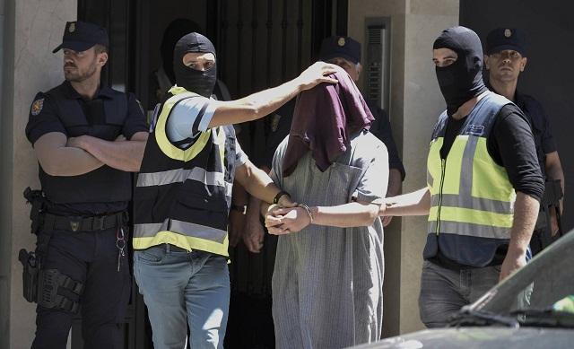 تنسيق مغربي إسباني لمكافحة الهجرة غير الشرعية والإرهاب