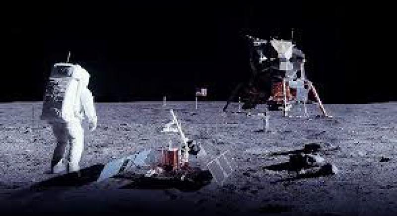 ناسا تستعد لغزو القمر!
