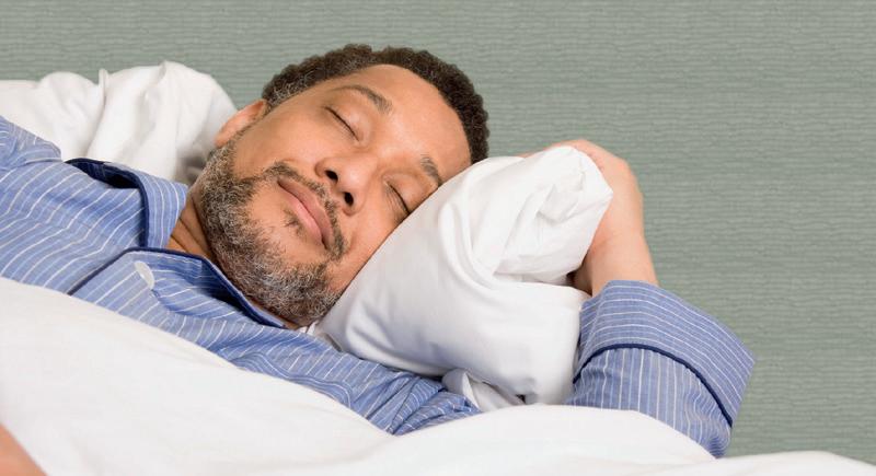 دراسة: المتدينون ينامون أفضل