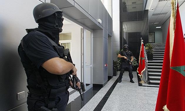 رجال الخيام يفككون شبكة تنشط في تهريب المخدرات والهجرة السرية
